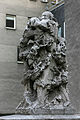 Klettenbergguertel StBruno Statue rechts 2.jpg