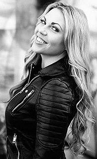 Kobra Paige canadian singer