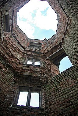 Lady Jane's Tower, Bradgate House - geograph.org.uk - 882154