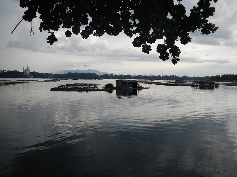 Lake Sampaloc, laguna tourist spots, laguna travel guide