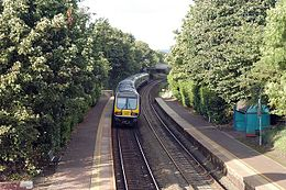 Lambeg railway station in 2005.jpg
