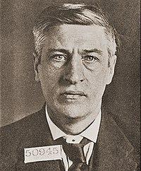 Larkin-1919 (cropped).jpg