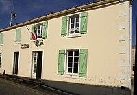 Le Mazeau mairie.jpg