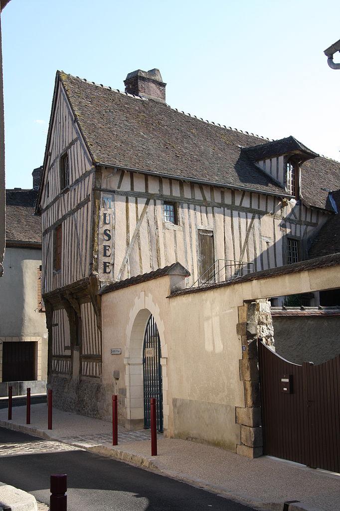 Hotel St Julien Du Sault