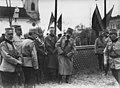 Le roi de Roumanie, le prince Carol, le général Belaeff et le général Berthelot - Buzau - Médiathèque de l'architecture et du patrimoine - AP62T099813.jpg