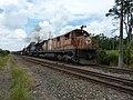 Locomotiva de comboio que passava sentido Guaianã pelo pátio da Estação Ferroviária de Salto - Variante Boa Vista-Guaianã km 210 - panoramio (1).jpg