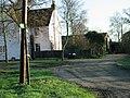 Lower Paramour Farm. - geograph.org.uk - 312977.jpg
