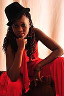 Lucy Komba: Alter & Geburtstag