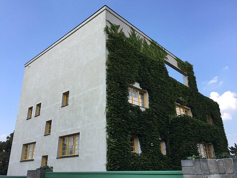 File:Müller villa.jpg