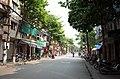 Một phần phố Quang Trung, nhìn ra ngã ba phố Quang Trung giao với phố An Ninh, thành phố Hải Dương, tỉnh Hải Dương.jpg