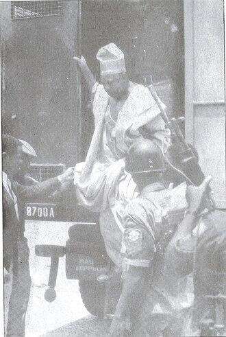Moshood Abiola - Moshood Abiola leaving a Black Maria van under heavy armed guard