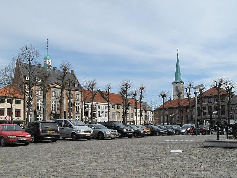 Maaseik, central square