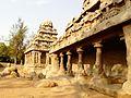 Mahabalipuram ratha temple 1.jpg