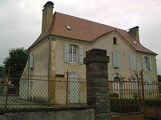 Anoye - Town hall