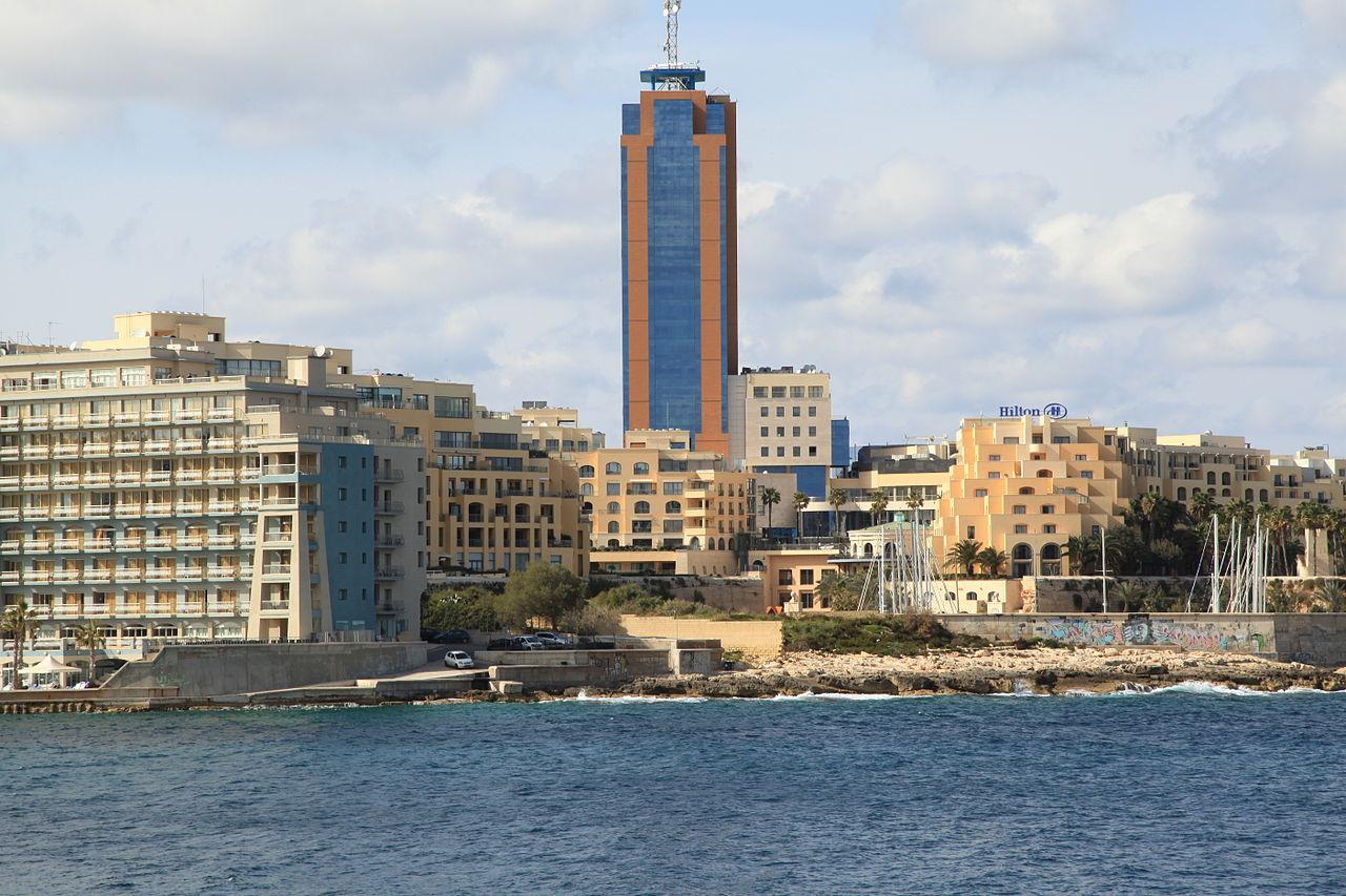 Malta  - Page 2 1280px-Malta_-_St._Julian%27s_%28Triq_it-Torri_%28Sliema%29%29_03_ies