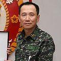 Marine Corps (ROCMC) Lieutenant General Hsu Shang-wen 海軍陸戰隊中將徐尚文 (20070314 立法院國防委員會 考察海軍陸戰隊AAV7戰備情形 --- 陸戰隊指揮官致贈委員紀念品.jpg
