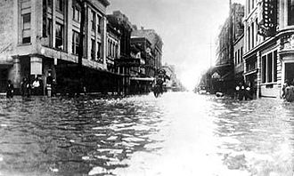 1915 Galveston hurricane - Image: Market Street, 1915 Galveston flood