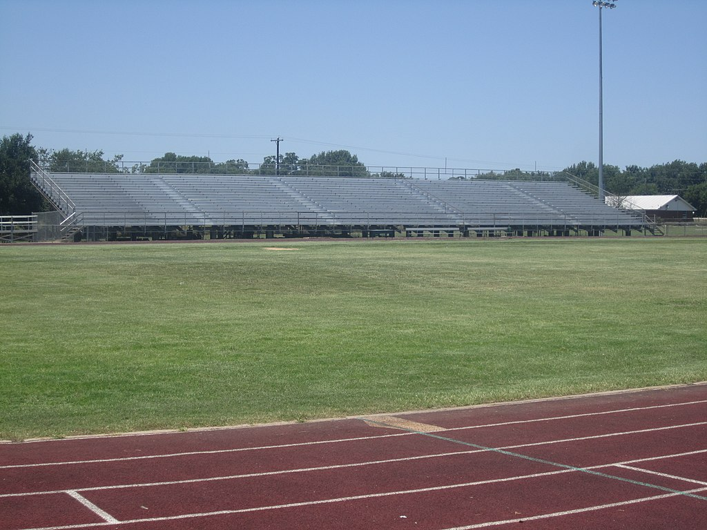 File:Marlin, TX, High School football stadium, IMG 6227 ...
