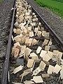 Marsz Zywych - drewniane tabliczki.jpg