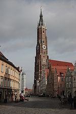 Martinskirche in Landshut mit Blick auf die Innenstadt.JPG