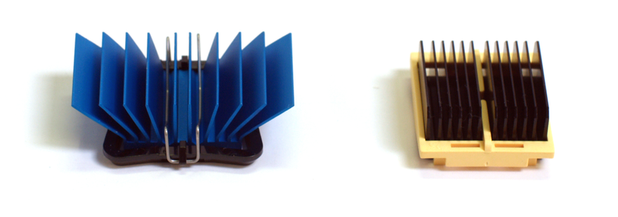 Two heat sink attachment methods, namely the maxiGRIP (left) and Talon Clip (right). MaxiGRIP and Talon Clip heat sink attachment methods.png