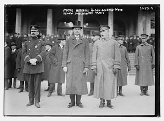John Purroy Mitchel - John Purroy Mitchel and Leonard Wood reviewing the 30th New York Volunteer Infantry Regiment on January 20, 1915