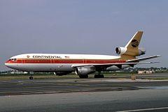 McDonnell Douglas DC-10-10, Continental Airlines JP5954245.jpg