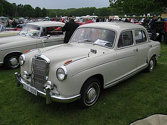 Mercedes-Benz W128 - Image: Mercedes Benz 220 SE (5966874588)