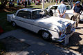 Mercedes-Benz 300SE 1964 Coupe FrontRSide Lake Mirror Cassic 16Oct2010 (14690671237).jpg