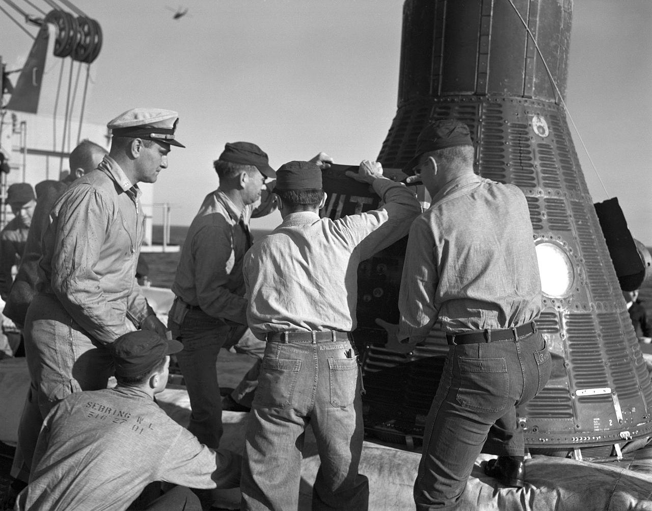 Recuperación de la nave espacial (y de Ham).