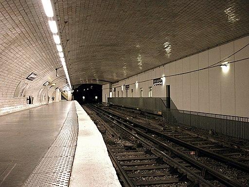 Metro de Paris - Ligne 2 - Porte Dauphine 01