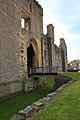 Middleham Castle - geograph.org.uk - 1873630.jpg