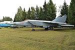 Mikoyan-Gurevich MiG-25R '25 red' (37580827361).jpg