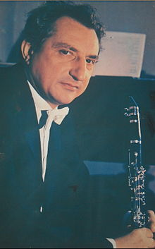 Milenko Stefanovic (with clarinet).jpg