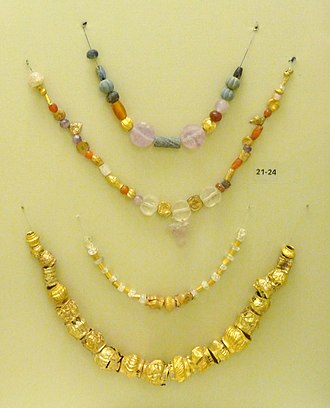 Mochlos - Minoan gold necklaces, 2500-1500 BC, from Mochlos and Platanos