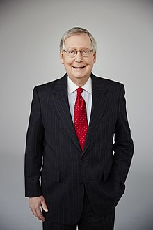 Mitch McConnell 2016 photo officielle.jpg