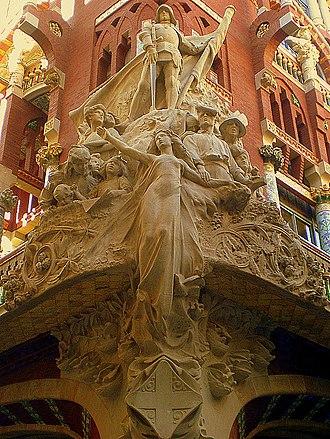 Palau de la Música Catalana - Miquel Blay's sculptural group (The Catalan song) on the corner.