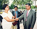 Mohammad Mosaddak Ali met with Sri Lankan President Chandrika Kumaratunga at the Prime Minister's Office in Dhaka.jpg