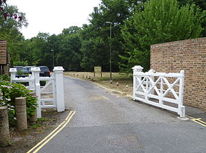 Monken Hadley Common - Eastern gate to the Common, Games Road, Cockfosters.