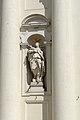 Montichiari duomo facciata allegoria della religione .jpg