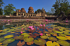 Muangtum Castle at Buriram, Thailand.jpg