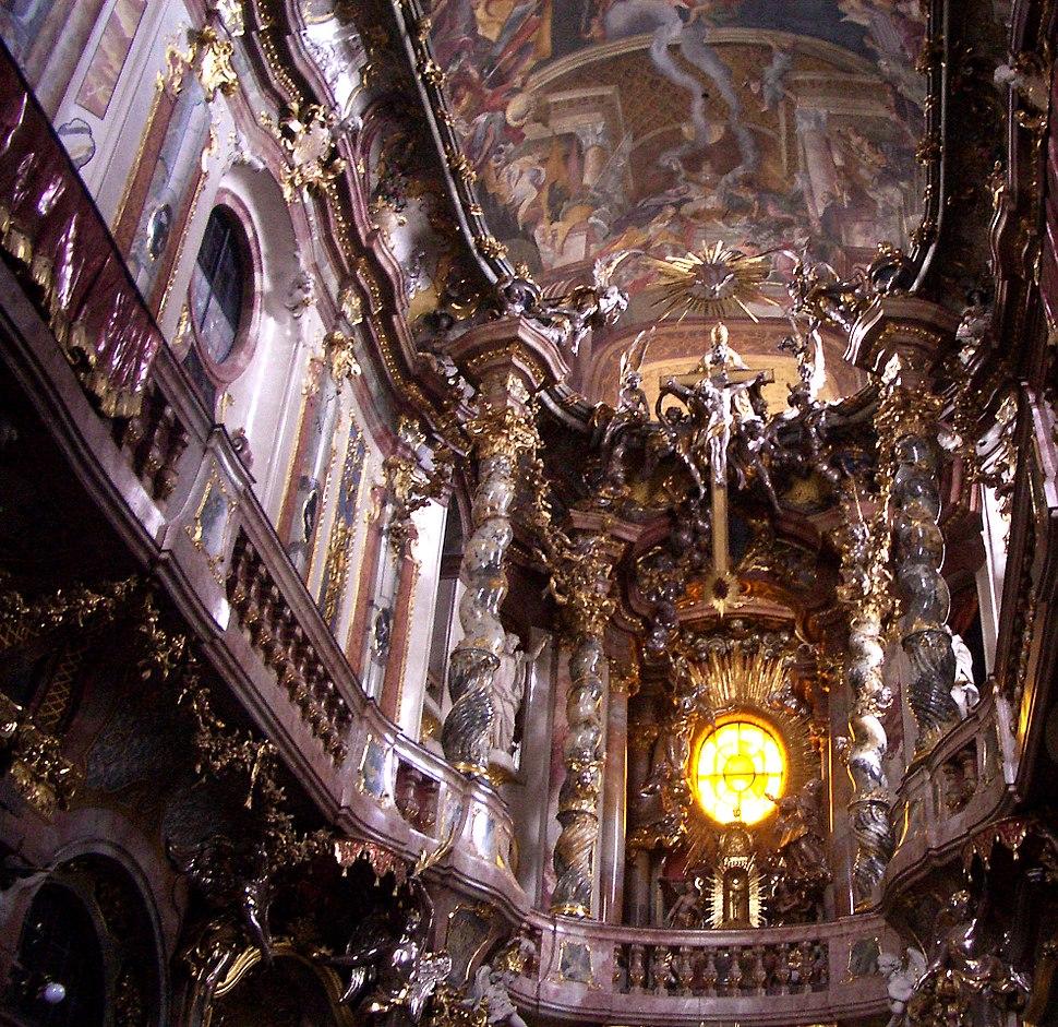 Muenchen Asamkirche 2005b.jpg