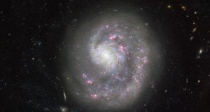 High-resolution image of the spiral galaxy NGC 4625 with the help of the Hubble space telescope