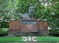 Niederaußem Kriegerdenkmal 02.jpg