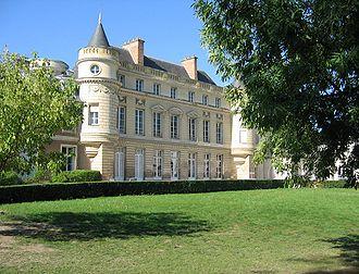 Notre-Dame International High School - Notre-Dame International High School