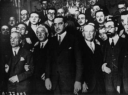 Members of the provisional government of the Second Republic Nuevo gobierno republicano, Agence Meurisse, BNF Gallica.jpg