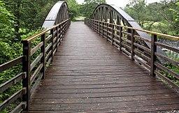 Old railway bridge nearing Threlkeld from Keswick. - panoramio
