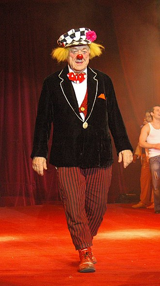 Oleg Popov - Oleg Popov performing with the Russian State Circus, Worms, Germany, 28 March 2009