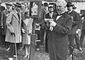 Opening van de wielerbaan door Henri ter Hall op 17 juli 1921.jpg