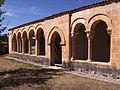 Orejana - Iglesia de San Juan Bautista (Galeria Porticada).jpg